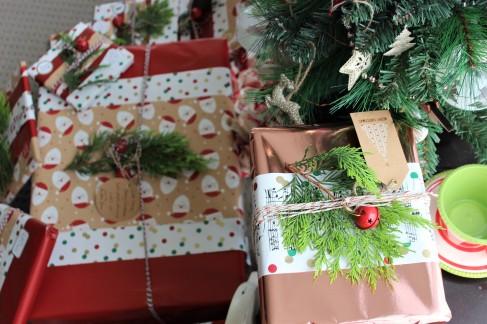 Christmas Under Wraps- Design 3